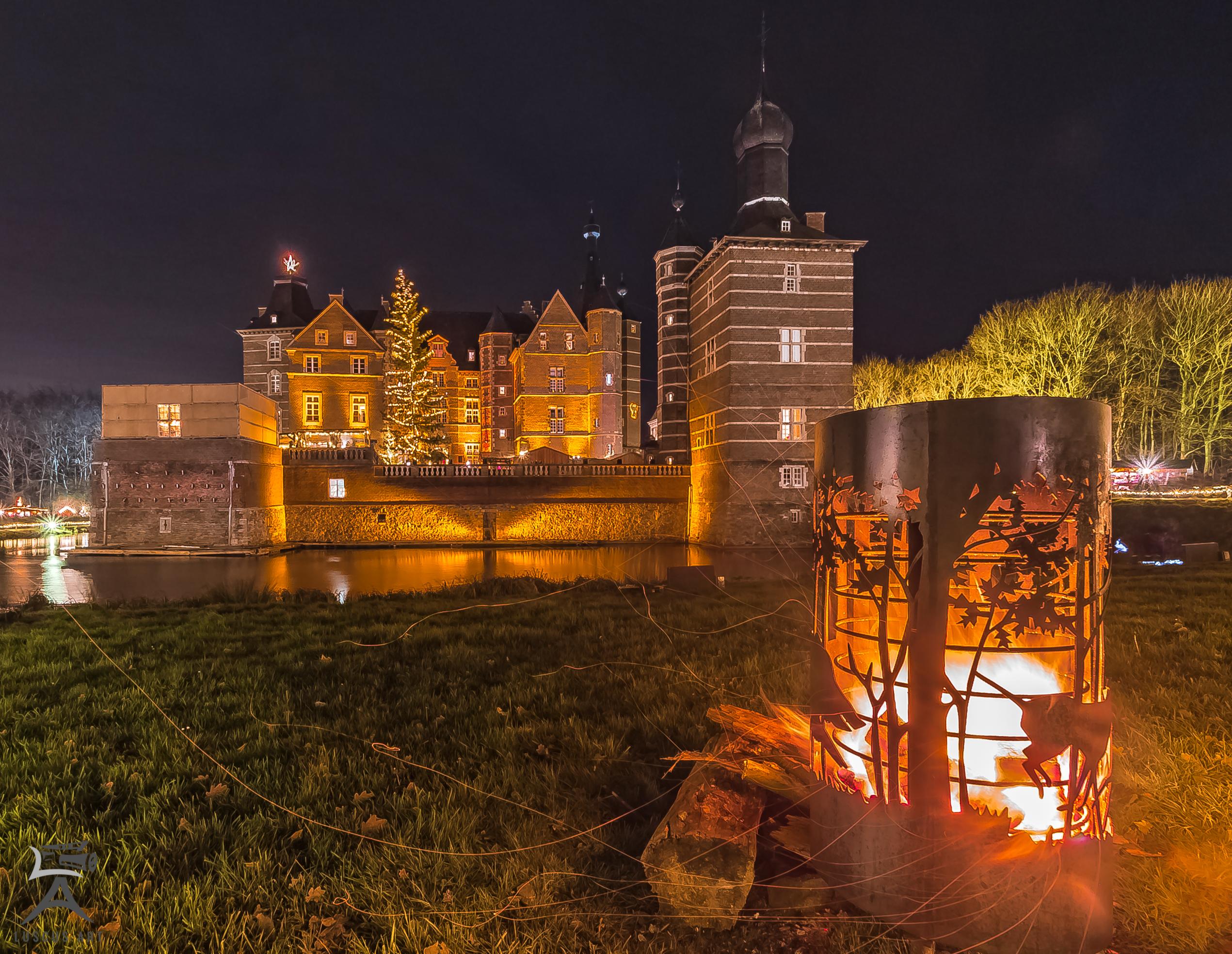 Romantischer Weihnachtsmarkt.Romantischer Weihnachtsmarkt Auf Schloss Merode Tradetalk Magazin